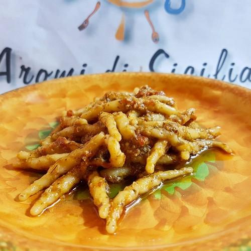 trofie-al-pesto-siciliano-e-farina-di-mandorle-siciliane